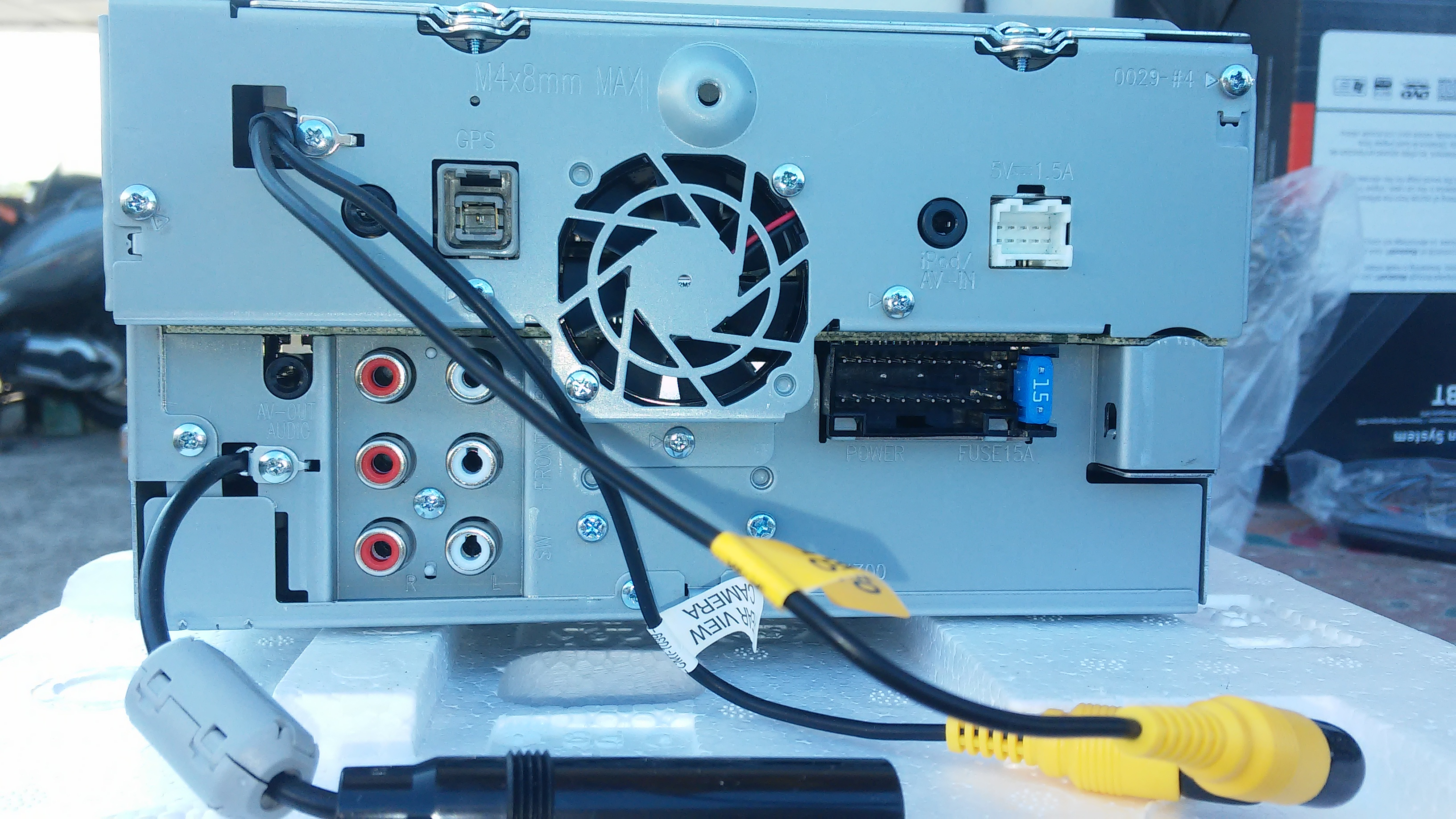 DNX3160BT. Connessioni Posteriori