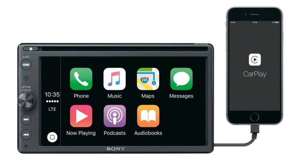 CarPlay in Sony XAV-AV200